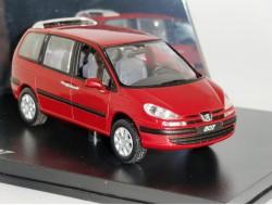 Peugeot 807 2001 Rood Metallic Norev 1:43